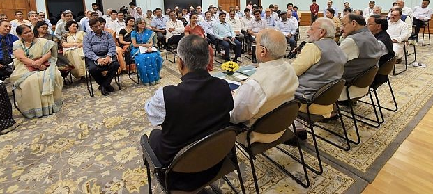 pm-modi-s-interaction-with-additional-secretaries-and-joint-secretaries-paramnews
