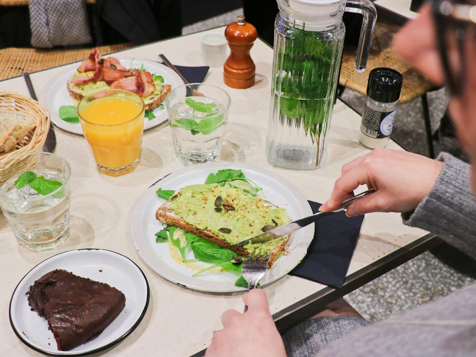 brunch marlette café les gommettes de melo gouter dejeuner parly 2 ambassadrice shopping