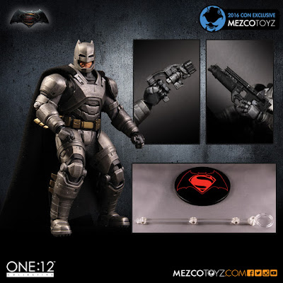 San Diego Comic-Con 2016 Exclusive Superman v Batman: Dawn of Justice Armored Batman One:12 Collective Action Figure by Mezco Toyz