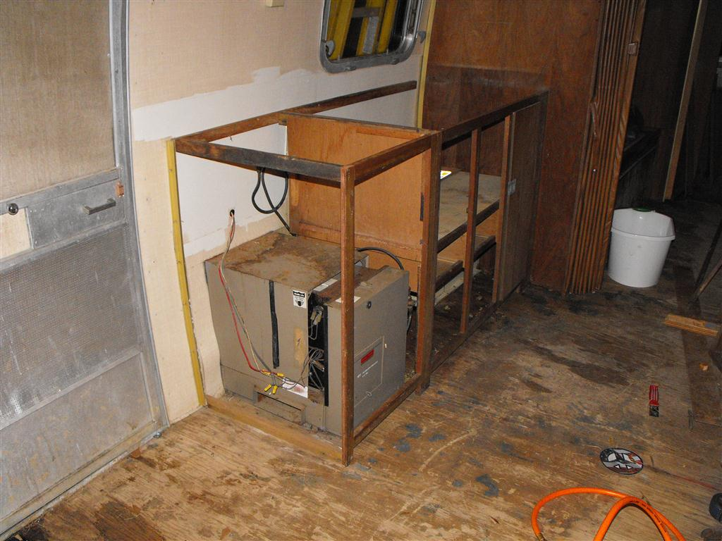 1969 airstream sovereign rebuilding the cabinets - Airstream replacement interior panels ...