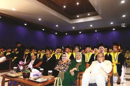 Wisuda XIV Stiesa Subang Tahun Akademik 2016/2017
