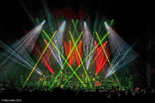 Review & Photos: Umphrey's McGee - F.M. Kirby Theater - Wilkes-Barre, PA - 10/30/2014