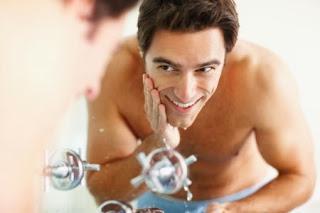 โฟมล้างหน้าสำหรับผู้ชาย