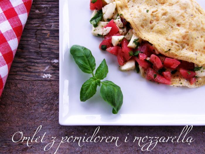 http://www.monikabregula.pl/2015/07/omlet-z-pomidorem-i-mozzarella.html