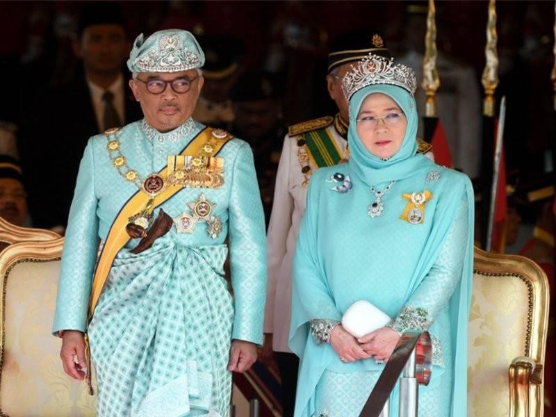 Kelantan Benarkan Gambar Agong Permaisuri Malaysian Update Berita Terkini Untuk Anda