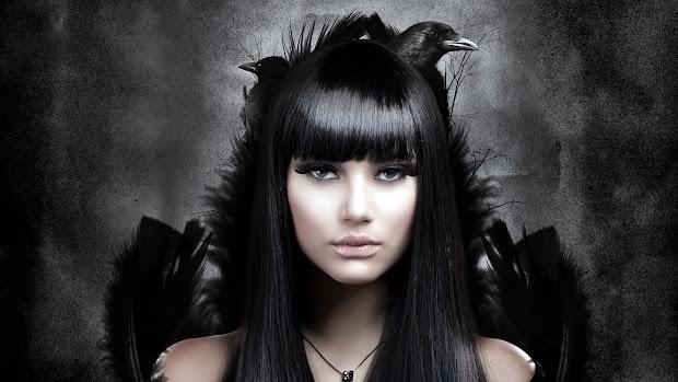 Dark Gothic Vampire Girls