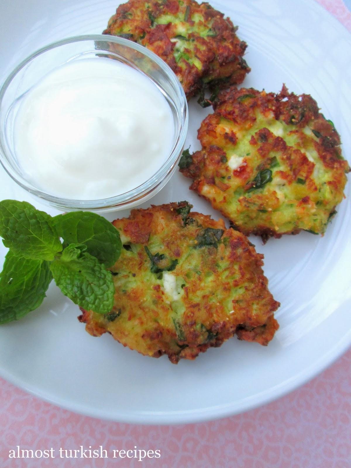 Leek Fritters (Pırasa Mücveri) - Turkey Cuisine Recipe