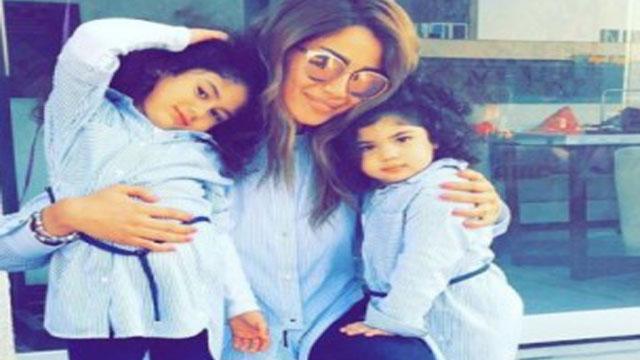 بالصور.. الفنانة غادة عبد الرازق تنشر صورة لابنتها وحفيدتيها!