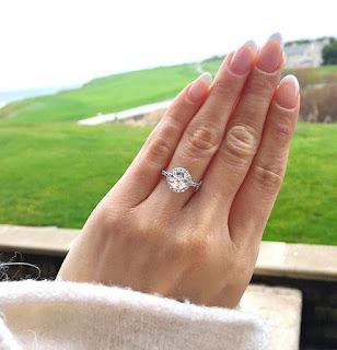 プロポーズは海外でサプライズ。