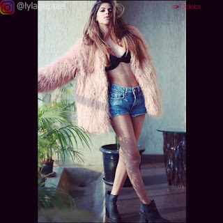 Lyla Gupta Spicy Indian Bikini Model Stunning Bikini Pics .xyz Exclusive 002