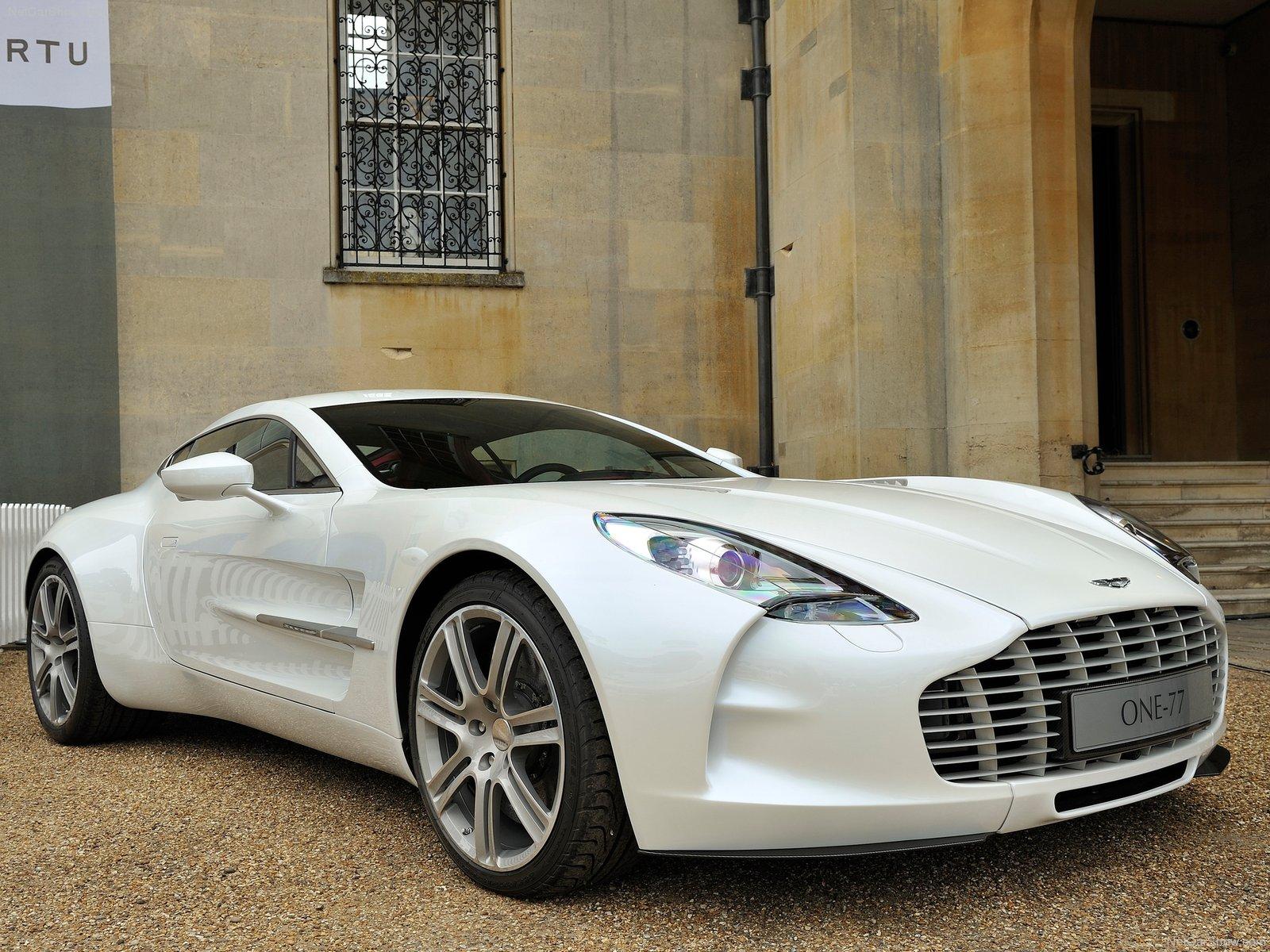 Aston Martin One-77 thực sự là một siêu phẩm tuyệt đẹp trong làng siêu xe