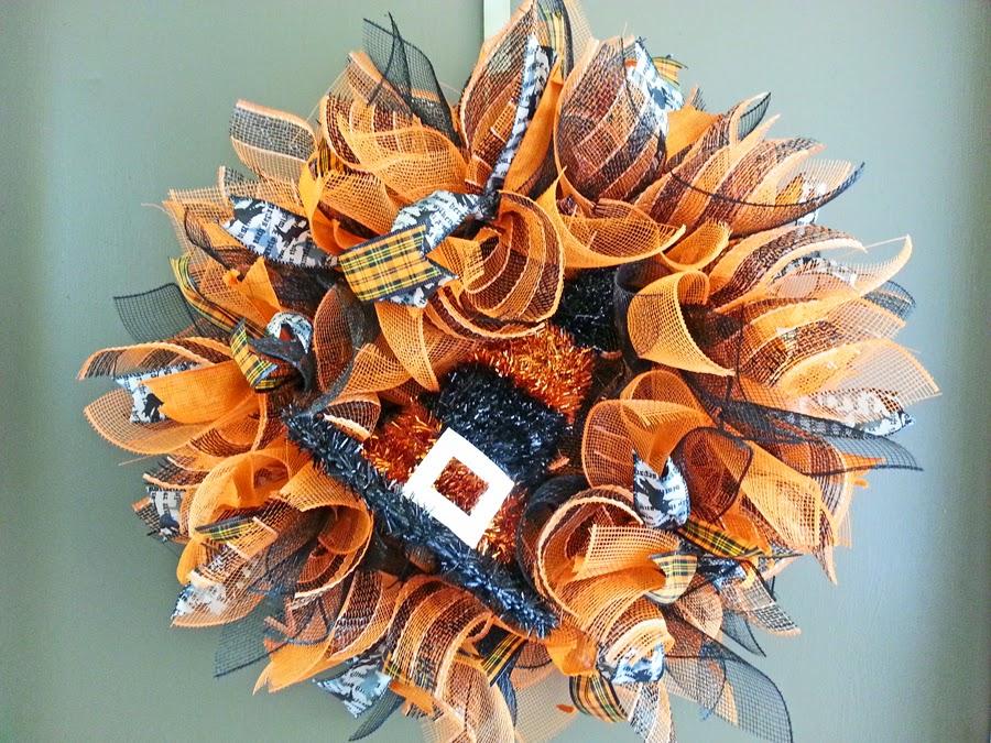 new orleans crafts by design how to make a deco mesh sunburst wreath. Black Bedroom Furniture Sets. Home Design Ideas