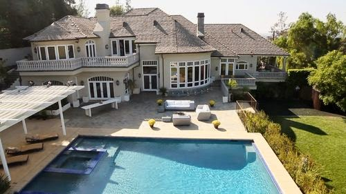 Dream house in Los Angeles | The bachelor Villa: Luxurious life for Oliver