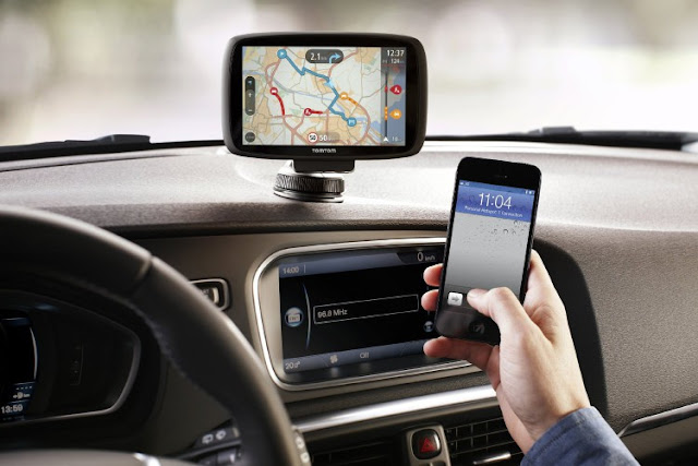 Gadget Garmin Speak Coche