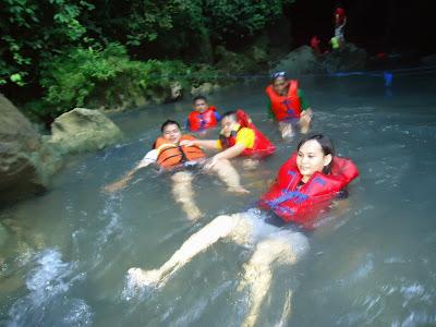 http://www.gobodyrafting.com/2016/05/daftar-harga-paket-body-rafting.html