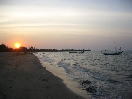 pantai siring kemuning madura wisata bangkalan