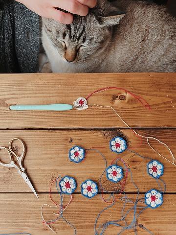 レース糸で編んだアフリカンフラワーモチーフ