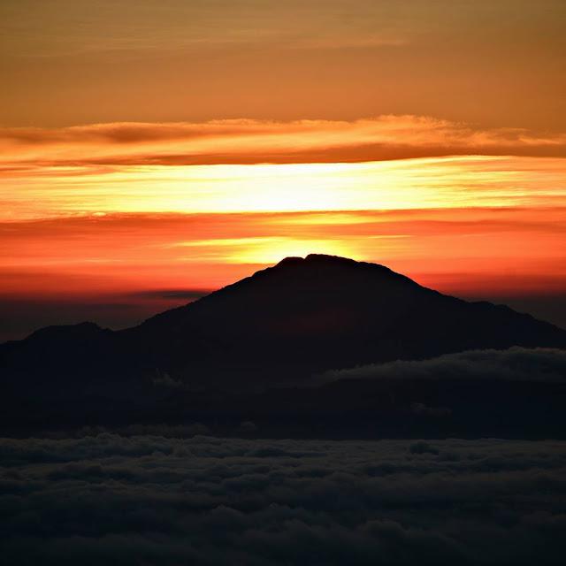 foto sunrise di posong temanggung