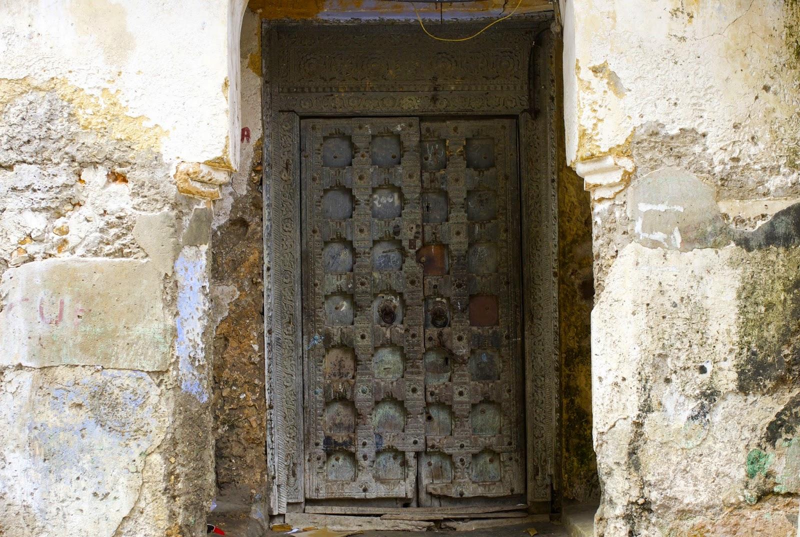 doors zanzibar tanzania history story & The Doors of Zanzibar...