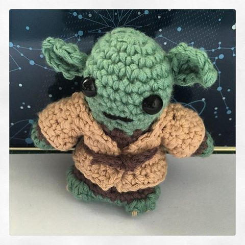 Free Amigurumi Snowman Crochet Patterns : El taller de Naid?: Star Wars en version amigurumi