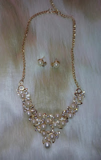 www.rosewholesale.com/cheapest/graceful-faux-pearl-wedding-party-1372594.html?lkid=379472
