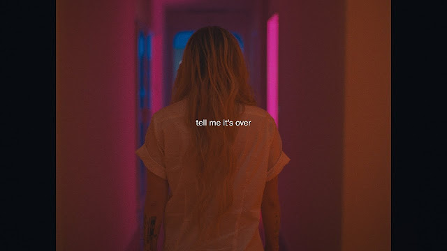 Avril Lavigne releases video for 'Tell Me It's Over'