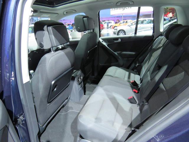 VW Tiguan 1.4 TSI 2017 - interior - espaço traseiro