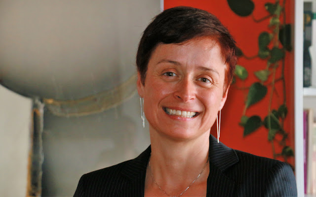 Silvia Oceransky es especialista en Cambio Cultural y Comportamental. Consultora Estratégica en Bienestar, Prevención y Cambio Cultural