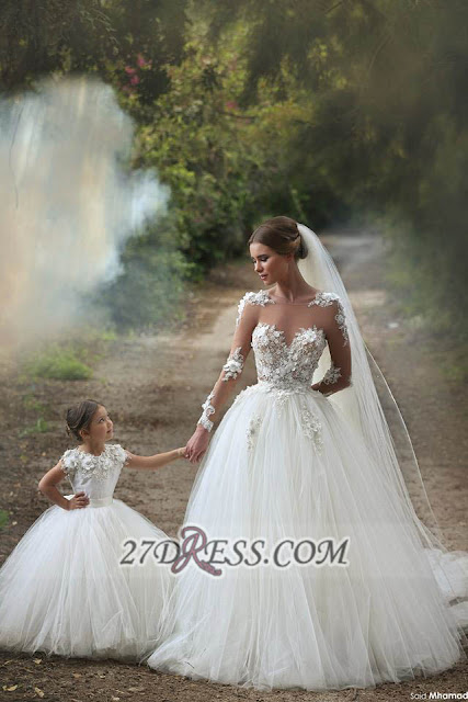 Long Sleeves Lace Appliques Wedding Dress Tulle Beautiful Mother and Daughter Dress