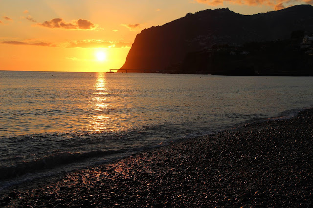 ... and today ... sunset with Cabo Girão