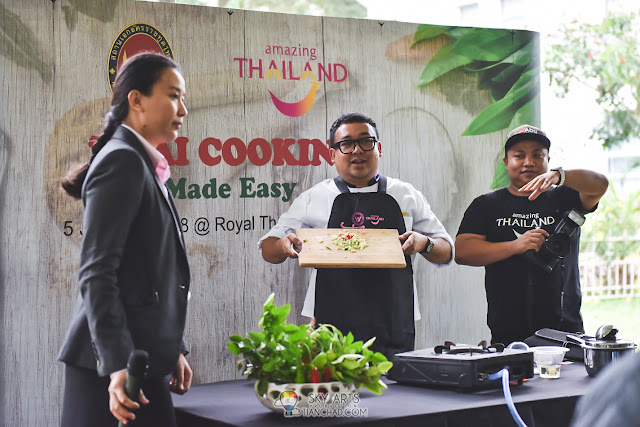 Chef Korn from Restaurant Erawan demonstrate how to prepare four Thai dishes