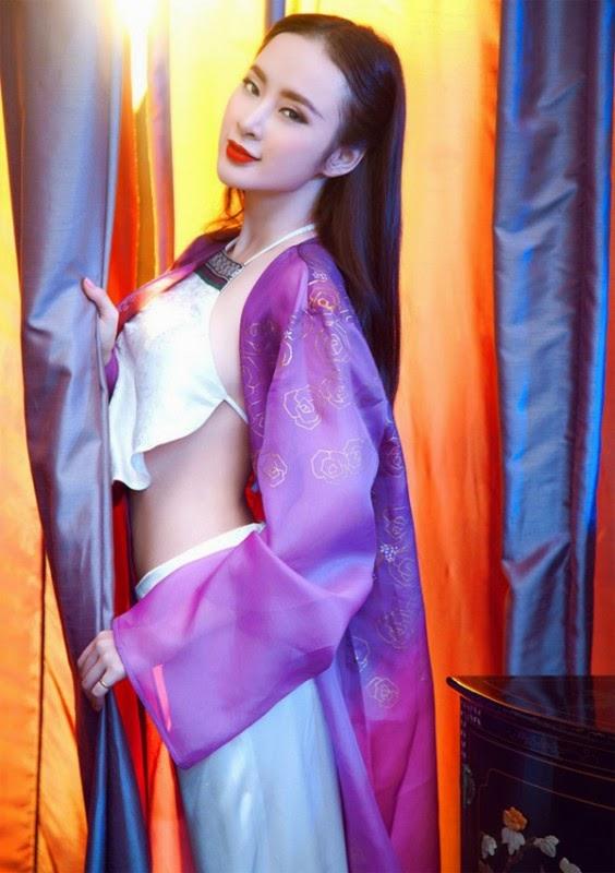 Angela Phương Trinh gợi cảm khó cưỡng với áo yếm-Ngôi sao