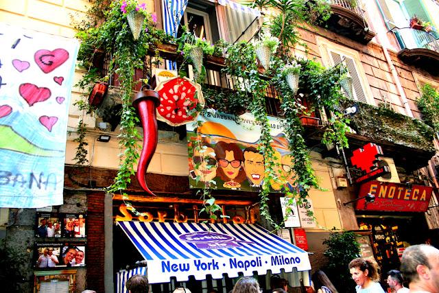 ristoranti, turisti, corno, Spaccanapoli, Napoli
