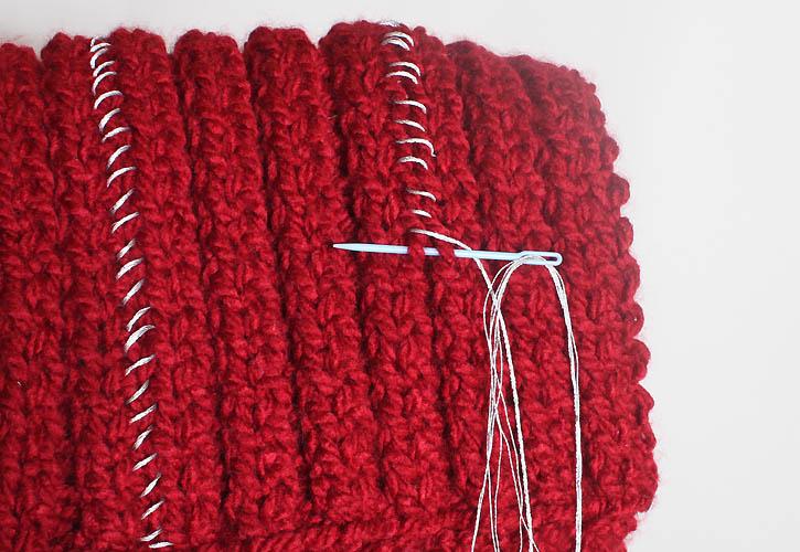 Michael Kors Chain Infinity Scarf [knitting pattern] - Gina Michele