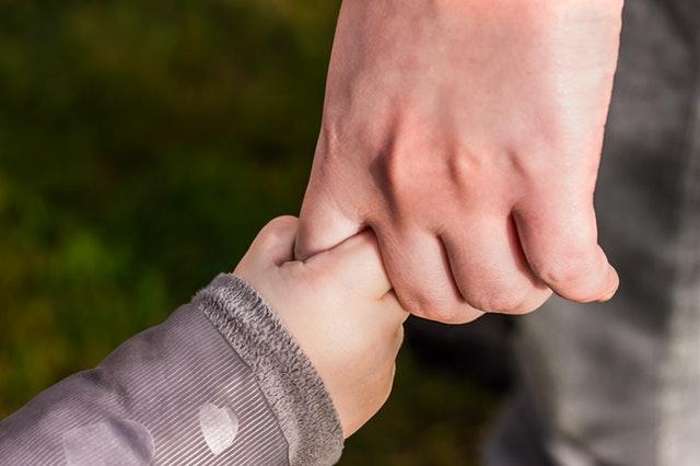 Cara Menciptakan Anak Akrab Dengan Orang Tua