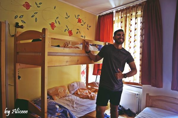 Hostel-mara-brasov-calatori4