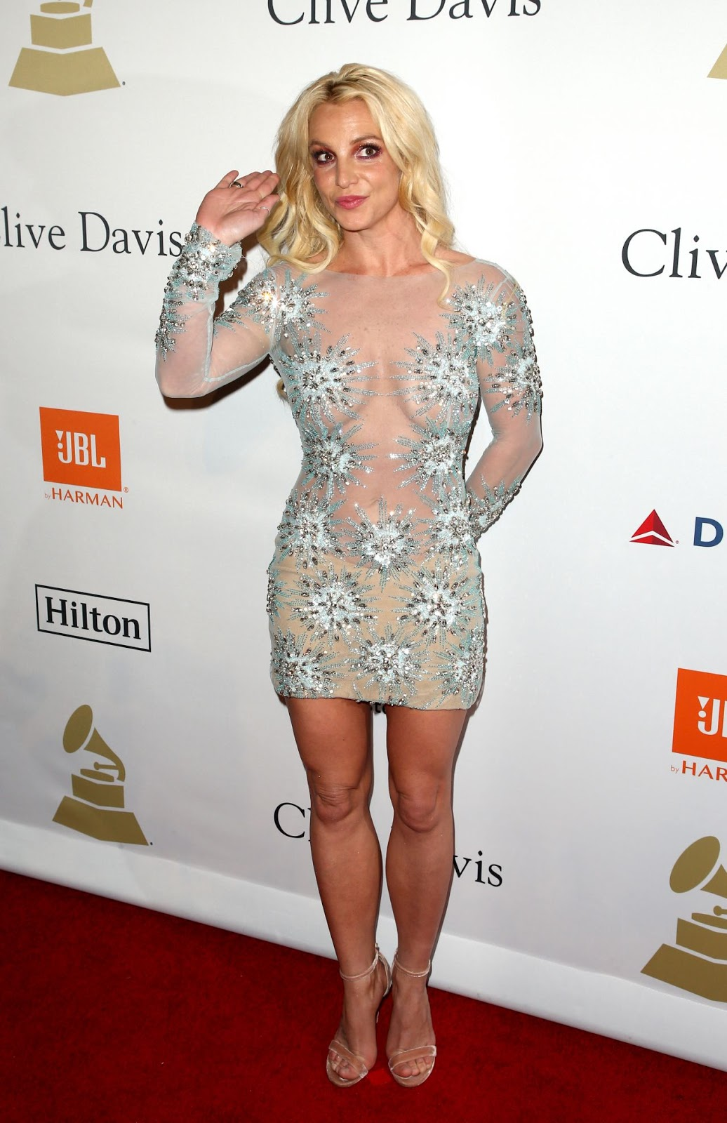 Britney Spears – Clive Davis Pre-Grammy 2017 Party in Beverly Hills