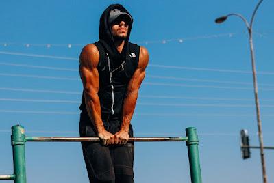 Jak budować masę mięśniową? Kalistenika na mase
