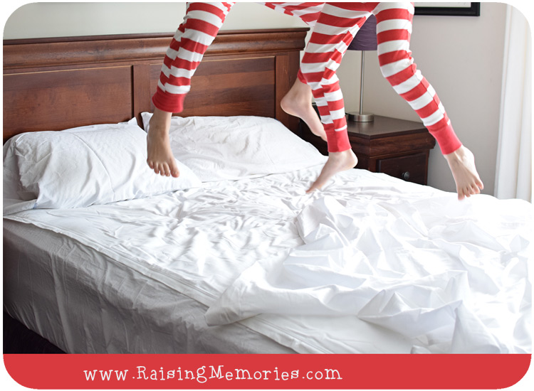 fitted sheet with zipper