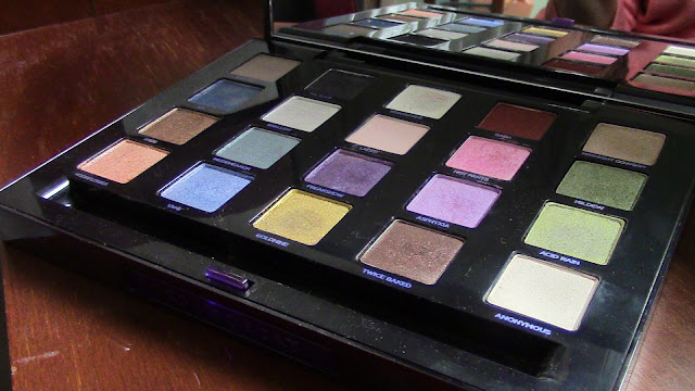 Urban Decay XX Vice Ltd Reloaded eye shadow palette.