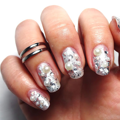 Silver Pearl Nails
