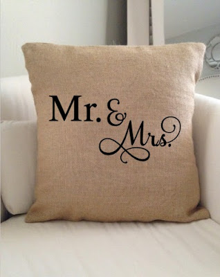 Mr and Mrs wedding gift silhouette studio diy silhouette cameo heat transfer vinyl pillow burlap
