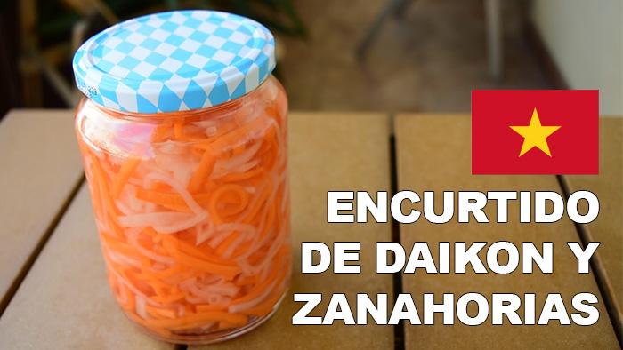 La Vida A Mordiscos Encurtido De Daikon Y Zanahoria đồ Chua Encurtido de zanahorias en vinagre con especias. daikon y zanahoria