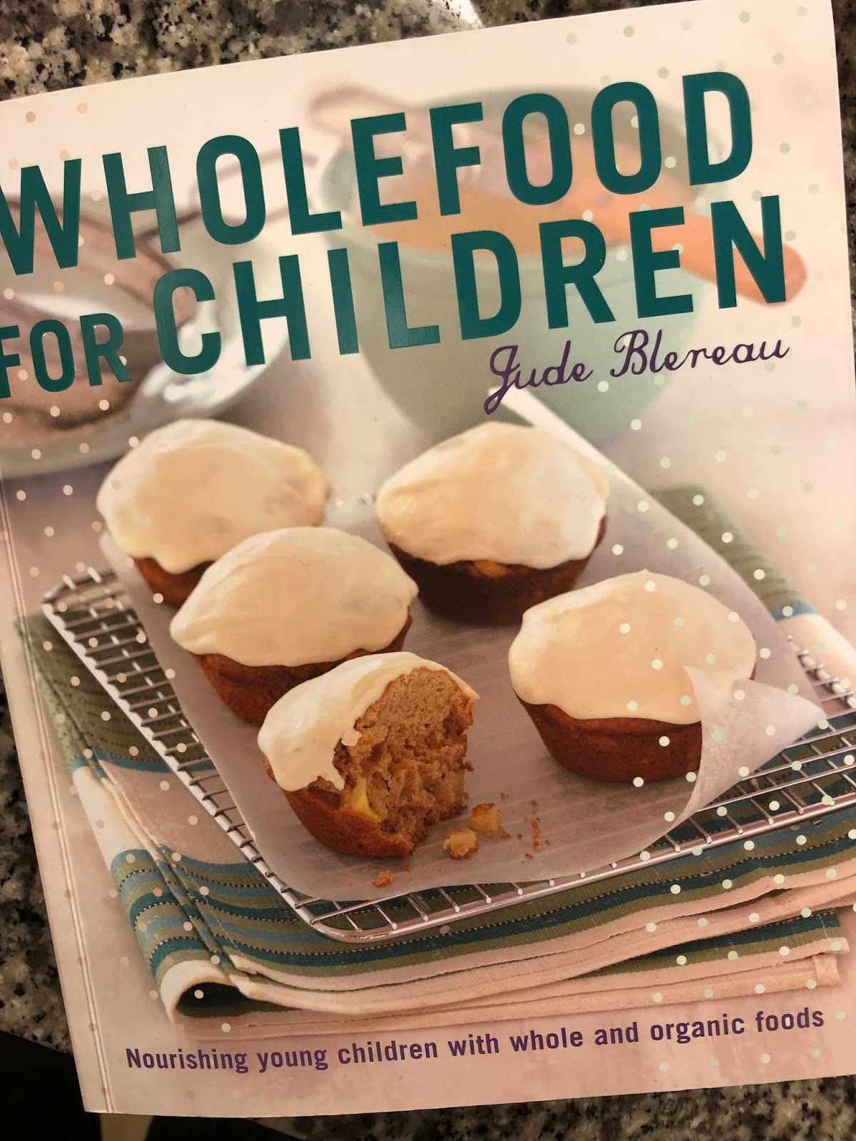 Lisa heinze sustainability with style adventures in baby wholefoods it has a chapter on first foods and gives great insights into the importance of cooking as much of the babys food as possible the types of foods to start forumfinder Choice Image