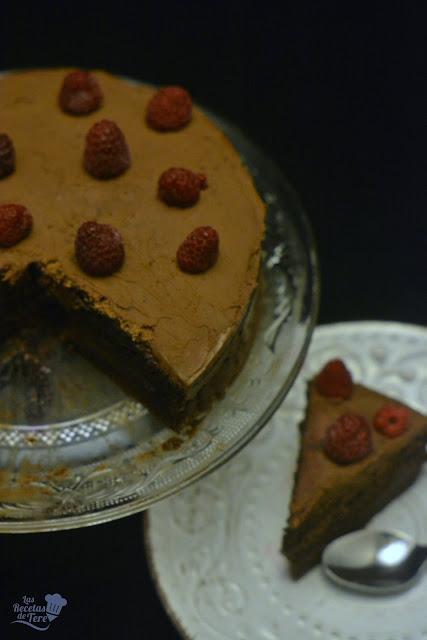 Tarta ràpida de chocolate con frosting de chocolate y queso tererecetas 04