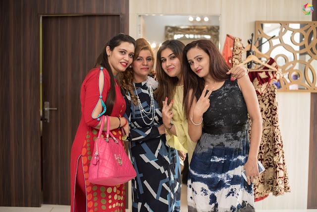 Aastha, Ginni, Khushboo & Jass