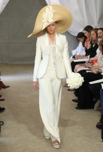 smoking bianco per sposa, Carolina Herrera collezione 2013