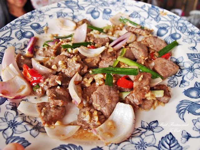 Ostrich Meat Fried With Onion