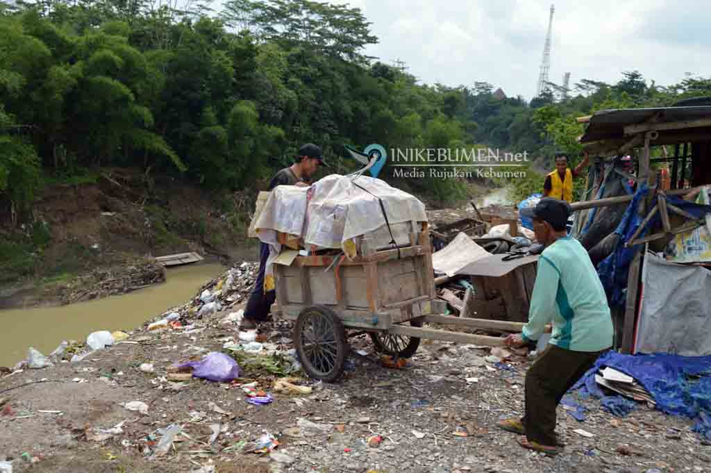 Jelang Penilaian Adipura, Tempat Sampah Ilegal Pasar Rabuk Kebumen Ditutup
