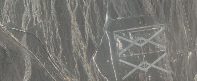 Etrange duplex dans une zone reculée en Chine (Photos satellites)  Chine%2B4